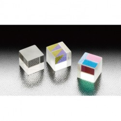 1550 nm, A-B-C: 10 mm, LIDT: 0,3 J/cm², Non-polarizing Cube Half Mirrors