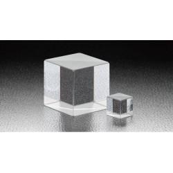 400 - 700 nm, A-B-C: 20 mm, LIDT: 0,3 J/cm², Chromium Cube Half Mirrors