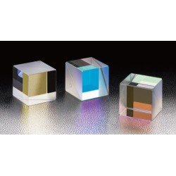 400 - 700 nm, A-B-C: 20 mm, LIDT: 0,3 J/cm², Dielectric Cube Half Mirrors